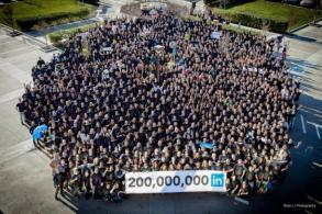 linkedin_employees_610x407
